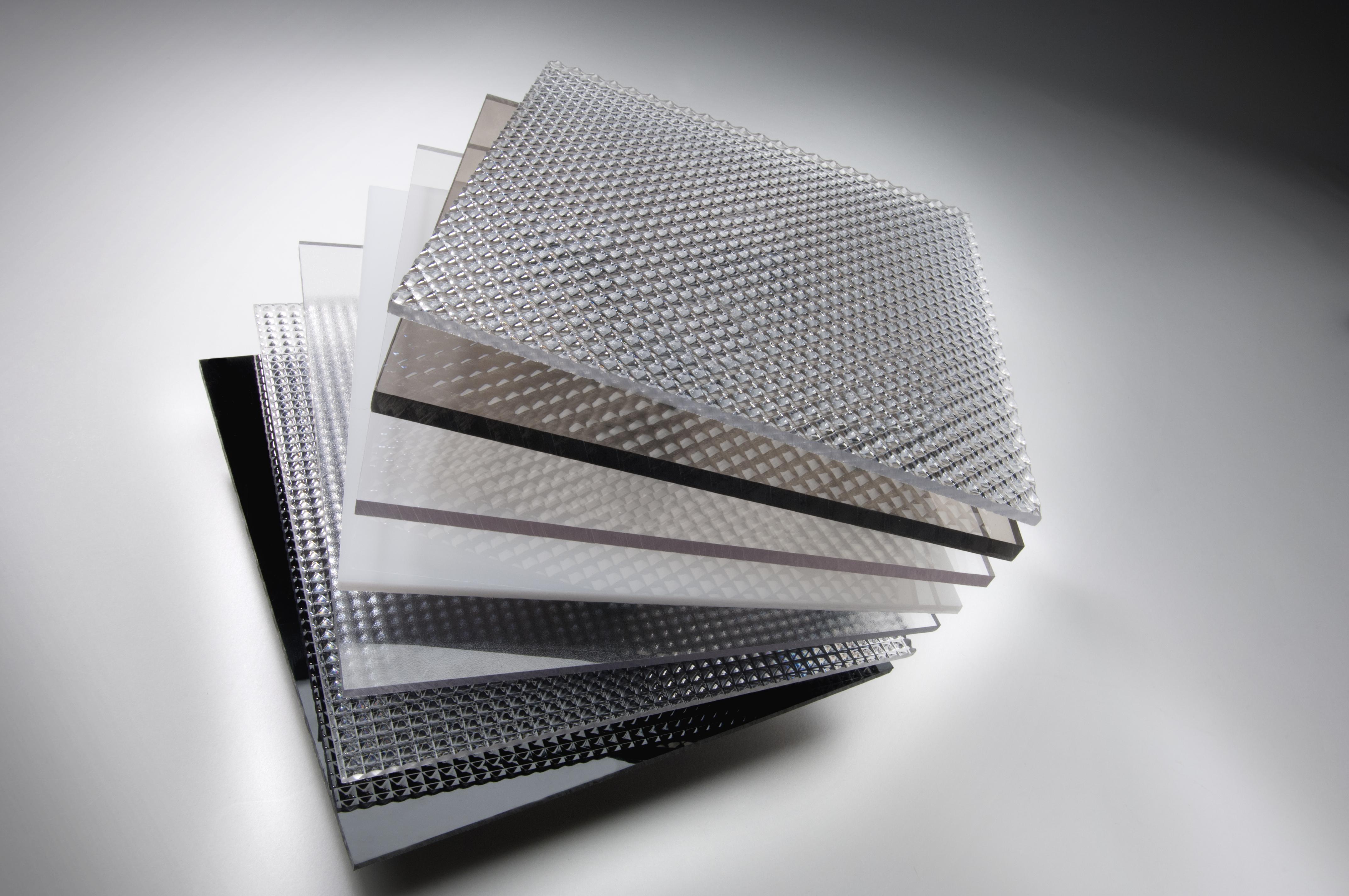 tấm lợp nhựa polycarbonate