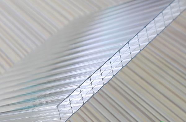 Tấm nhựa lấy sáng rỗng ruột