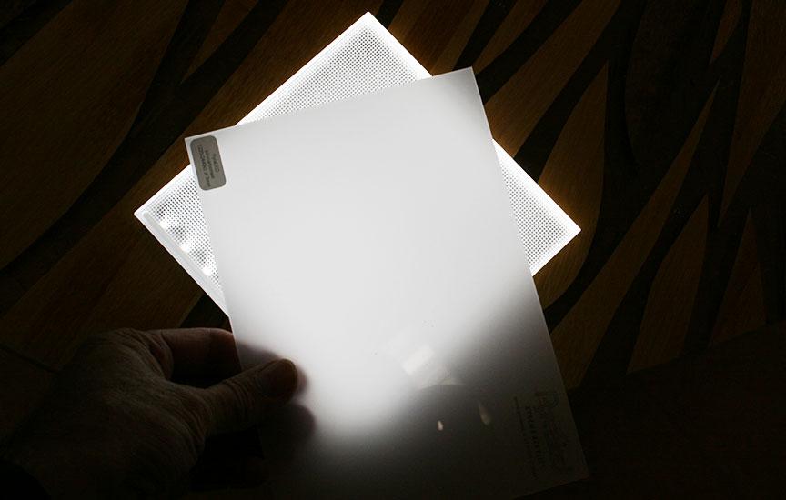 tấm nhựa lấy sáng poly