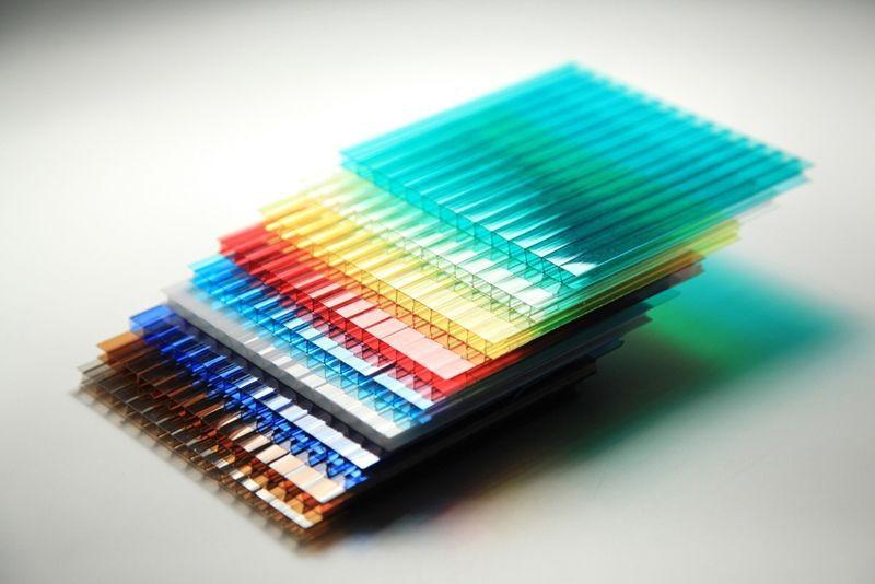Tấm nhựa lấy sáng polyarbonate rỗng ruột