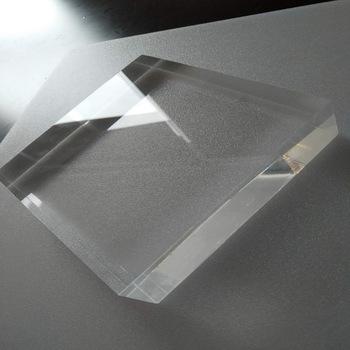 tấm nhựa lấy sáng poly thay kính