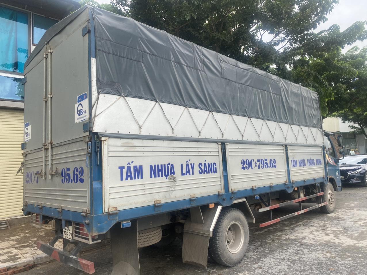 xe tải tấm nhựa lấy sáng